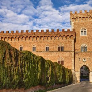 tuscan-guided-tours_bolgheri-01